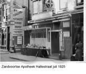 Zandvoortse Apotheek, Haltestraat, juli 1925
